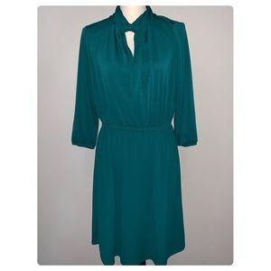 H&M Keyhole Knot Green Dress in Medium